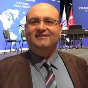 Prof. Dr. Yunus Emre Tansü